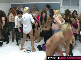 Gigantic Amateur Swingers Orgy