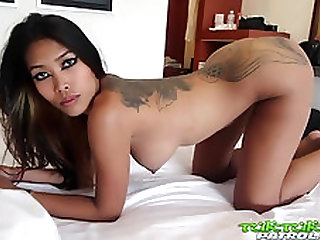 Tuk Tuk Patrol - Sexy Thai babe with fake tits gets white cock
