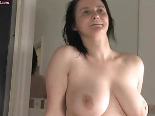 Big boobed amateur from Oz has some big breasts