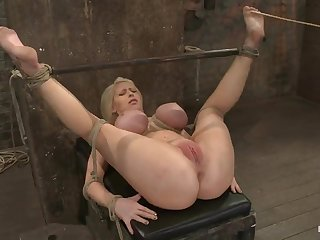 Super bigtitted rope bondage bitch