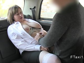 Natural busty bbw rimming cab driver