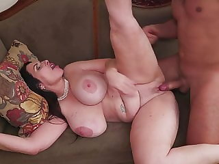 Modern moms get anal and vaginal sex
