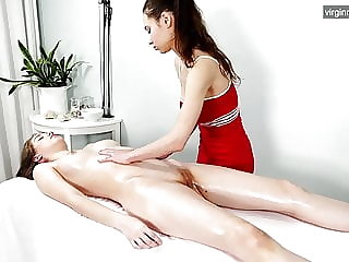 Russian babe massaged until she orgasms