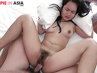 Tiny hairy Asian girl creampied by a Japanese man