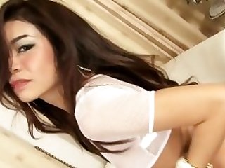 Sexy Young Asian April