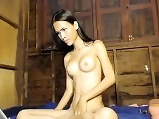 Asian Amateur Chick Solo