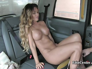 Taxi driver fucked gold digger