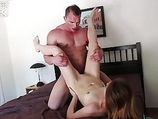 Handsome Bodybuilder Stud Plows Pussy On Wild Screamer Chick