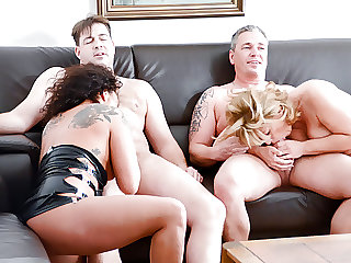 AmateurEuro - Big Ass Annette Liselotte Join Into A Hot Orgy