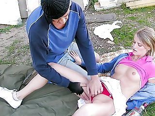 Old homeless fucks 18yo teenie outdoors