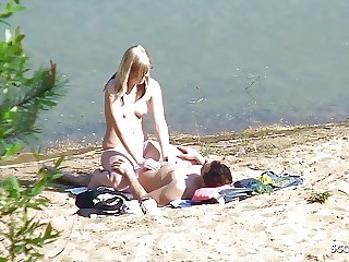 Real Teen Couple on German Beach, Voyeur Fuck with Stranger